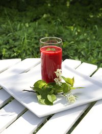 How to Make Low Fat Smoothies With Karin Ridgers