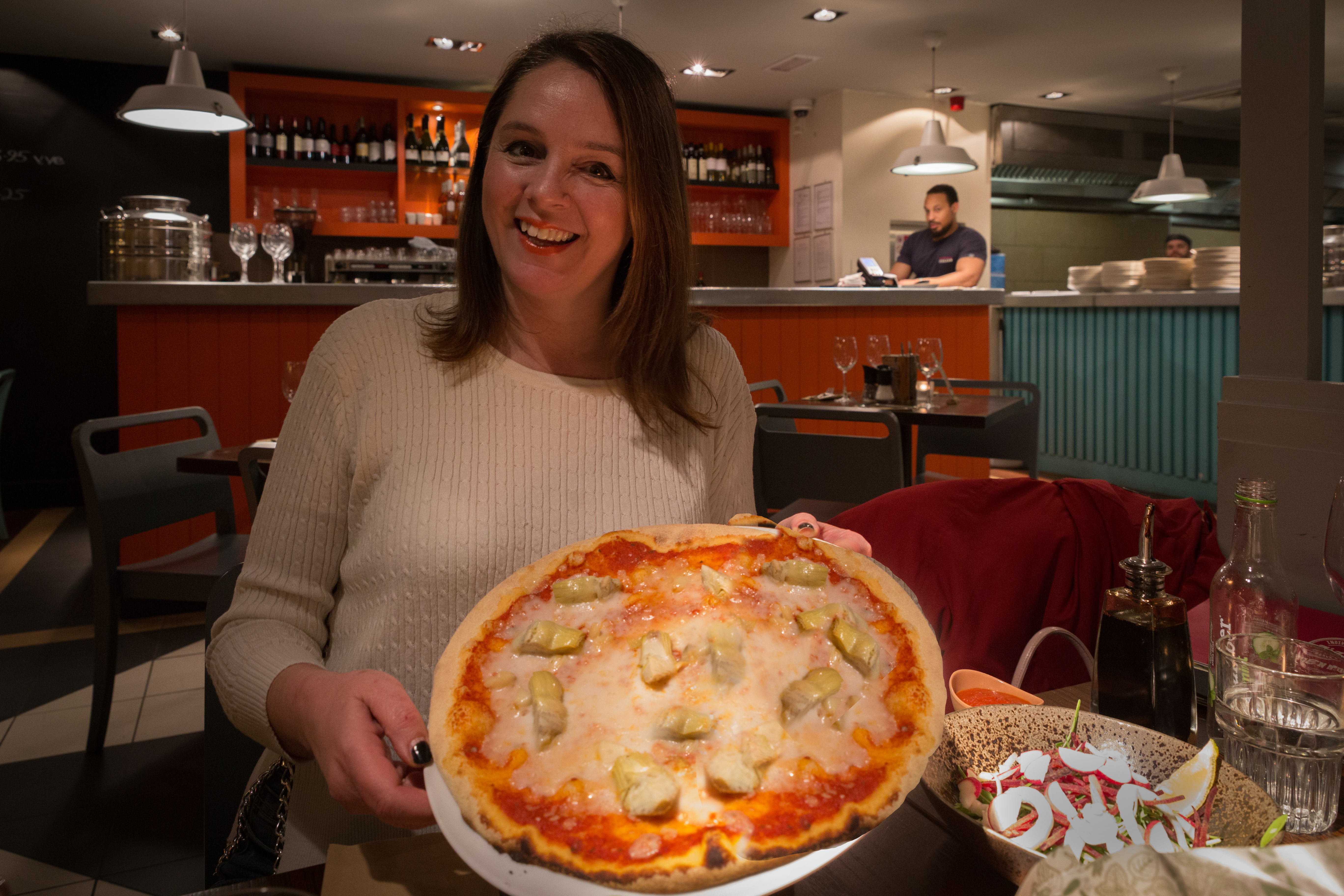 Zizzi the UK's first Vegan Cheesy Pizza – And We Try it First