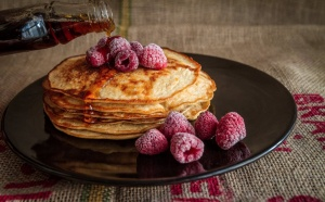 Paleo Protein Pancakes by Martina Della Vedova at Natures Plus